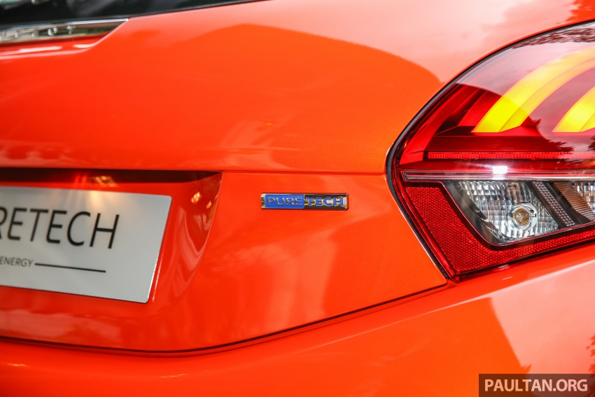 GALLERY: Peugeot 208 and 2008 facelifts on display Image #591651