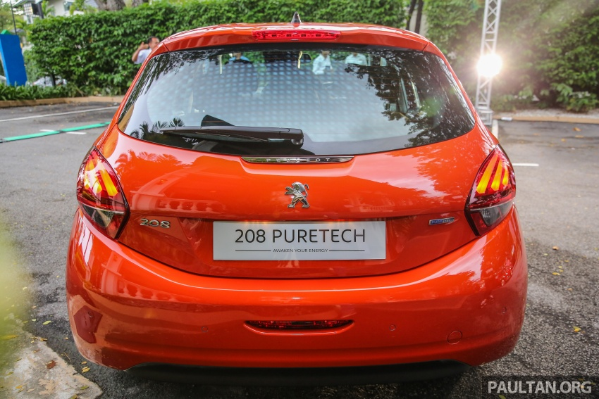 GALLERY: Peugeot 208 and 2008 facelifts on display Image #591638