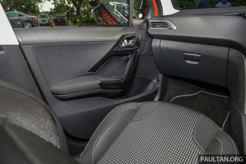 GALERI: Peugeot 208, 2008 facelift dipertontonkan Image #591689