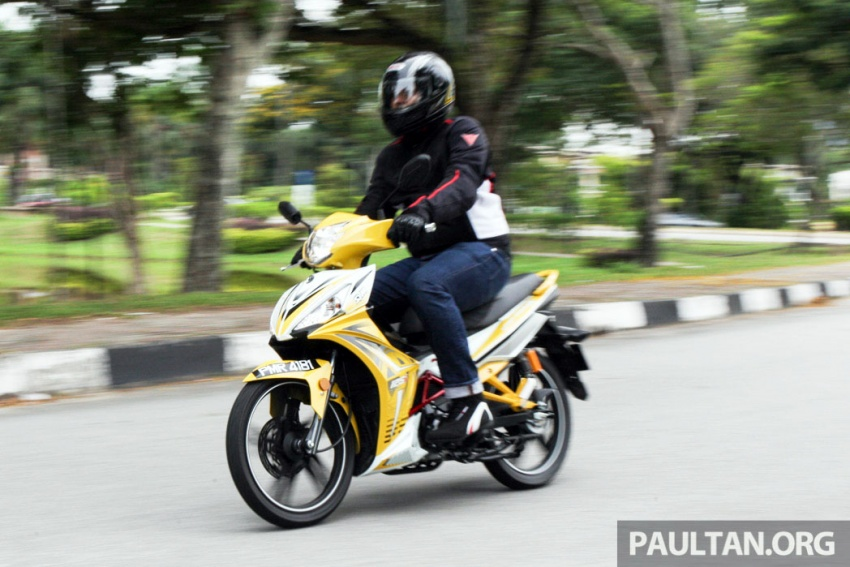 REVIEW: 2017 SYM Sport Rider 125i – bare bones and basic, but with sporty looks and at the right price Image #590193