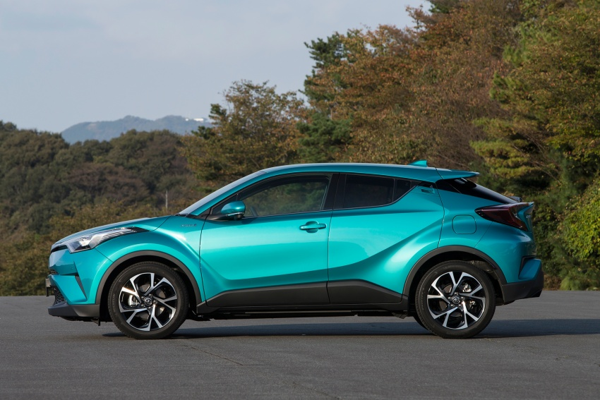 Toyota C-HR compact crossover launched in Japan – 1.2L Turbo 4WD, 1.8L Hybrid 2WD, from RM97k Image #591490