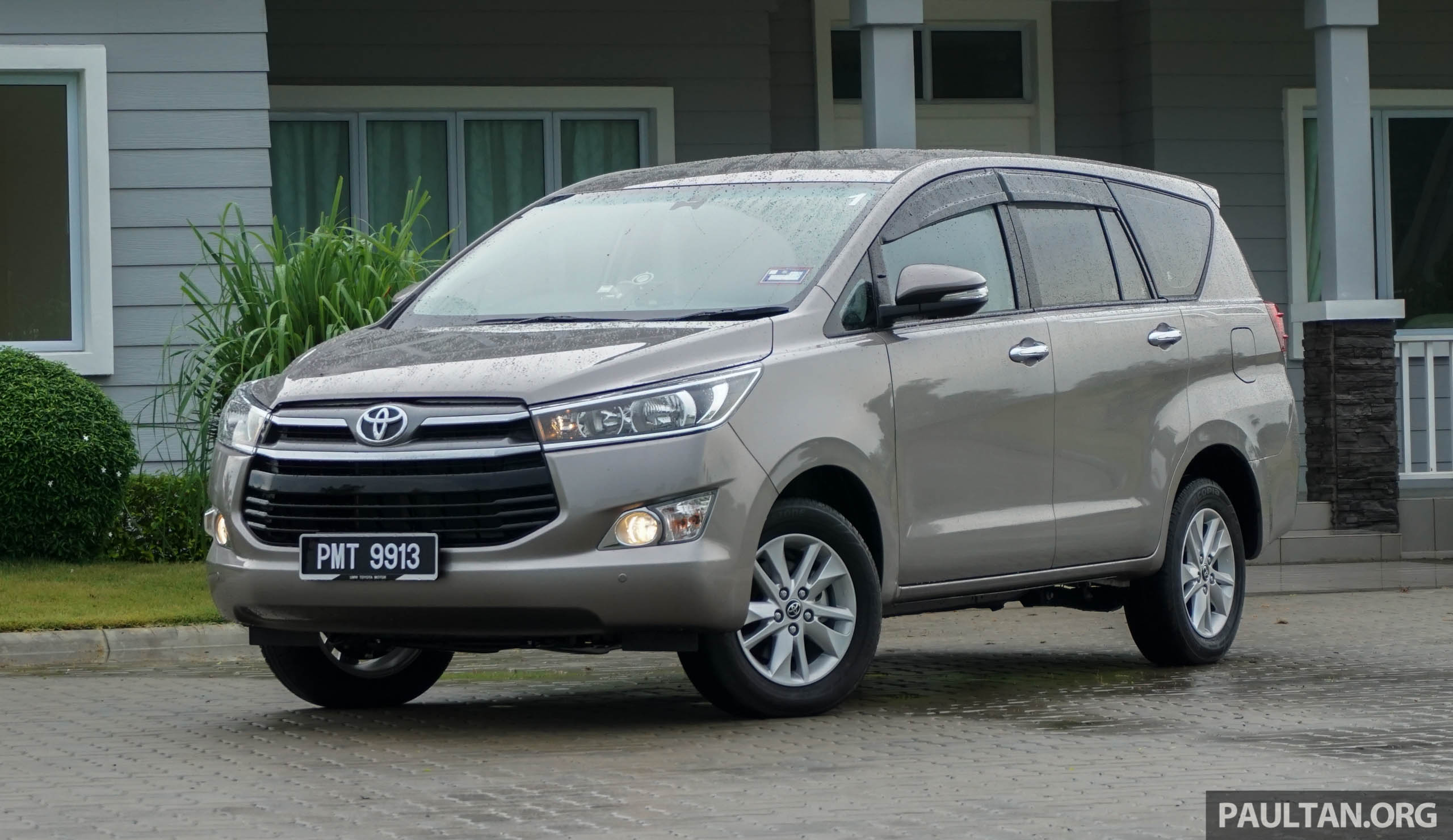 Driven New Toyota Innova 2 0g Mpv Reinvented Image 587263