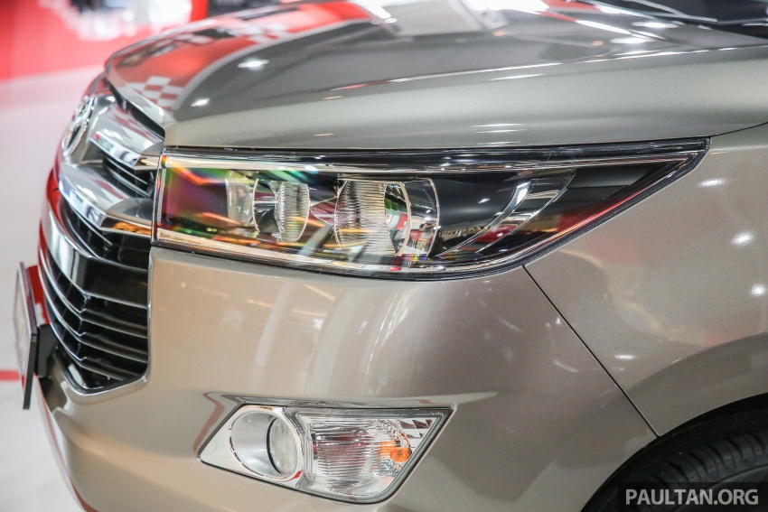 GALLERY: New Toyota Innova 2.0G on display – 8-seat MPV, Dual VVT-i, 6-spd auto, 7 airbags, VSC, RM126k Image #587570