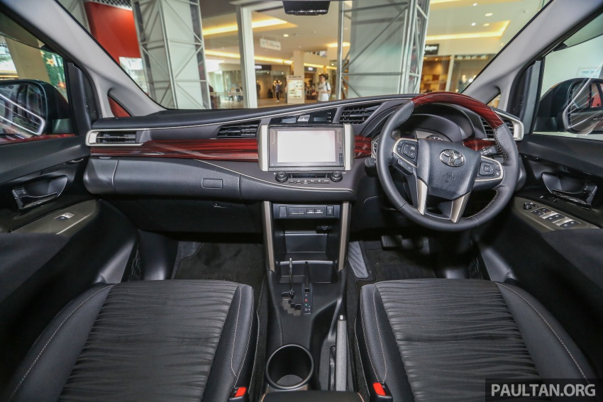 GALLERY: New Toyota Innova 2.0G on display – 8-seat MPV, Dual VVT-i, 6-spd auto, 7 airbags, VSC, RM126k Image #587589