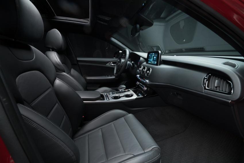2018 Kia Stinger unveiled – it's a production Kia GT! Image #599996