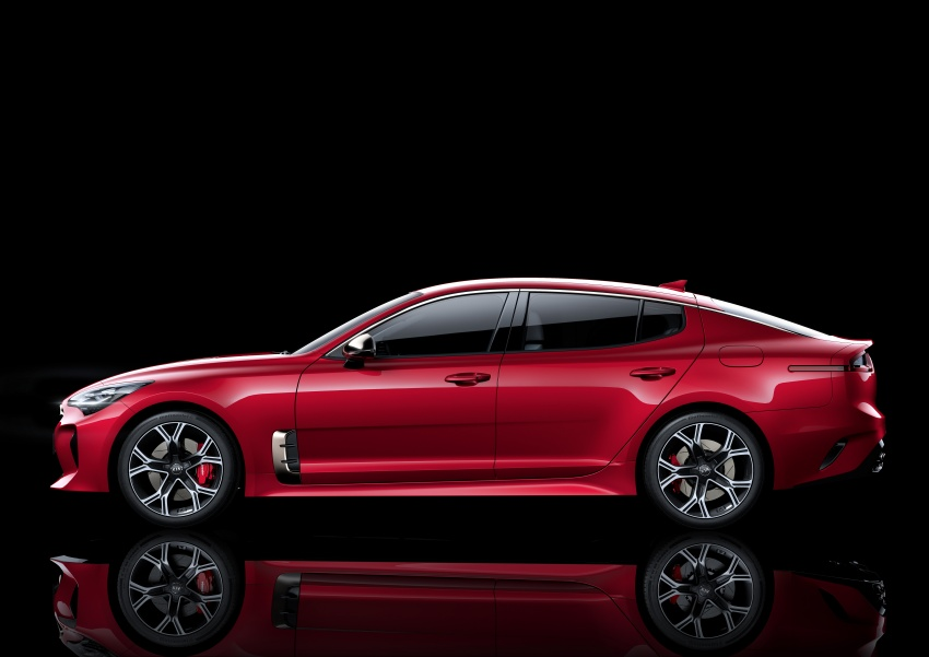 2018 Kia Stinger unveiled – it's a production Kia GT! Image #600004