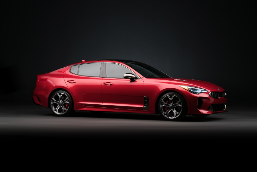 2018 Kia Stinger unveiled – it's a production Kia GT! Image #600006