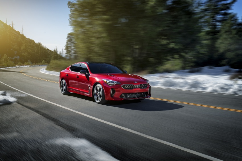 Kia Stinger 2018 didedahkan – model produksi sebenar kereta sport empat-pintu dari konsep Kia GT Image #600311