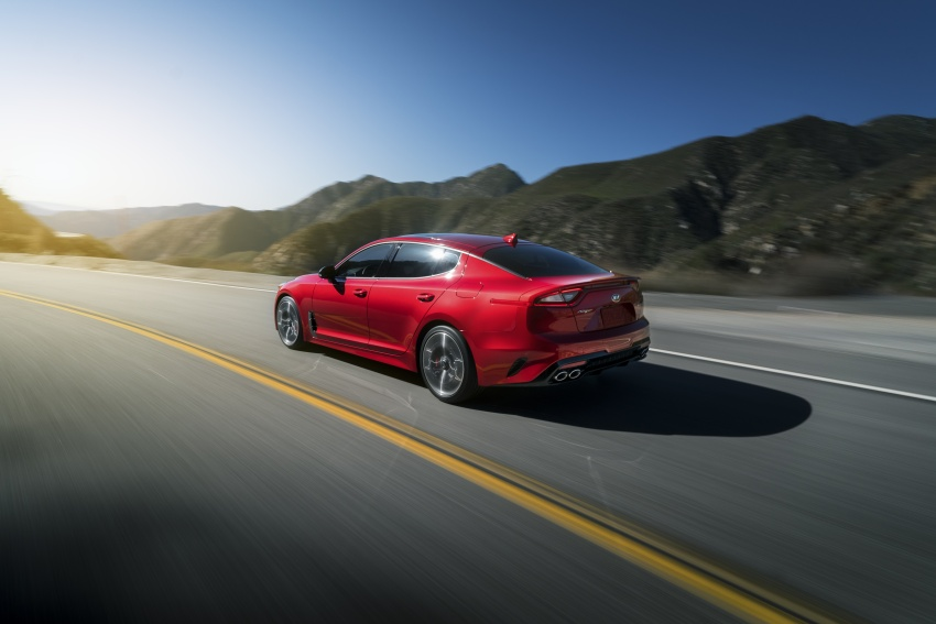 2018 Kia Stinger unveiled – it's a production Kia GT! Image #600026