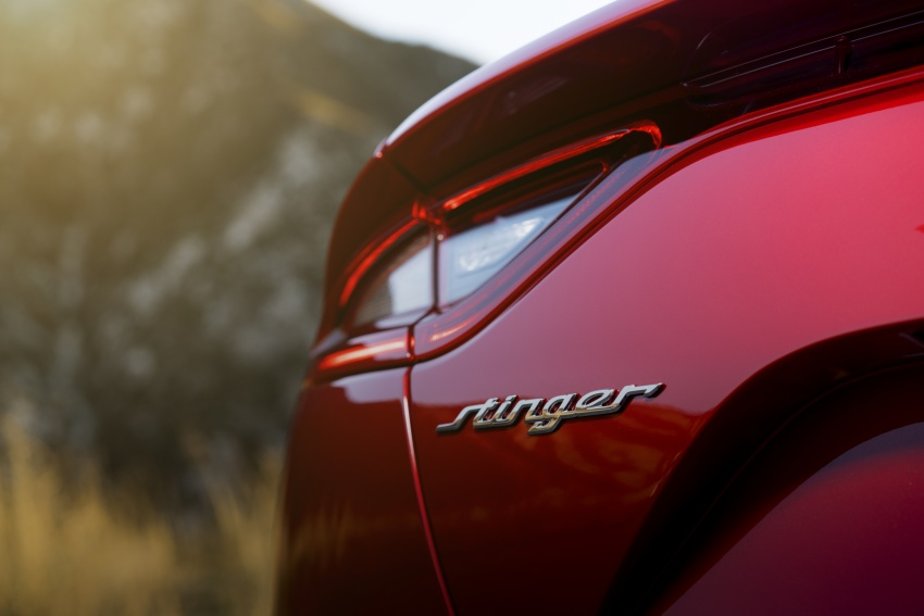 2018 Kia Stinger unveiled – it's a production Kia GT! Image #600045