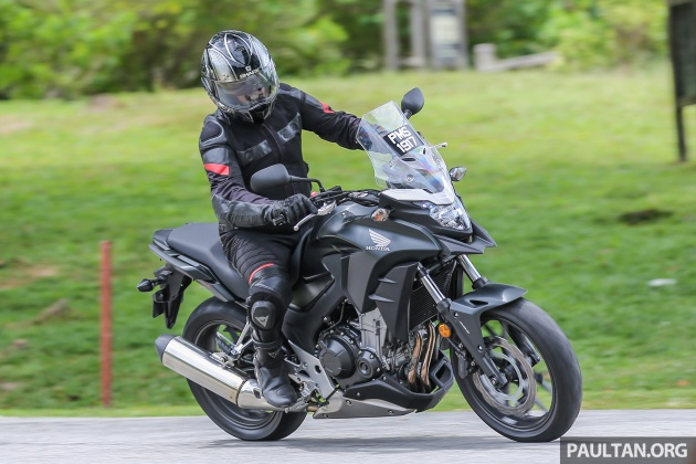 Review 2017 Honda Cb500x A Soft Comfortable Middle Weight Two