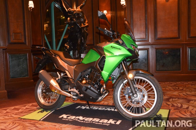 Forging A New Market Direction For Kawasaki Is The Versys X 250 Dual Purpose Styled Quarter Litre Machine Coming With 249 Cc Liquid Cooled