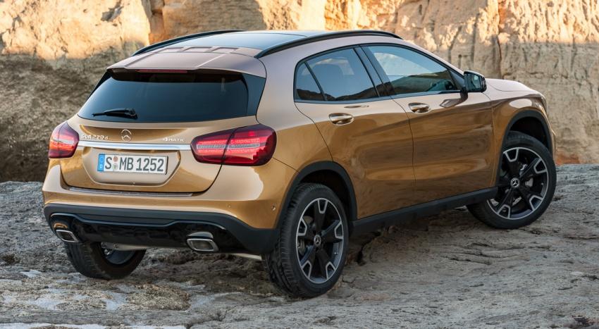 Mercedes-Benz GLA facelift tampil rasmi di Detroit Image #600214