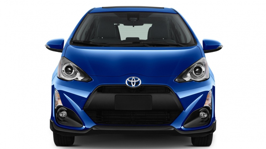 2017 Toyota Prius c – Safety Sense suite now standard Image #602351