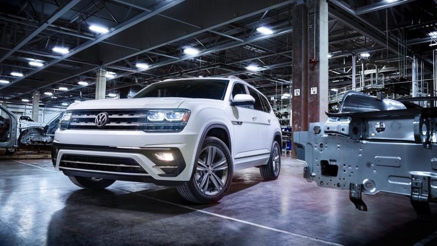 Volkswagen Atlas dengan pakej R-Line didedahkan Image #599442