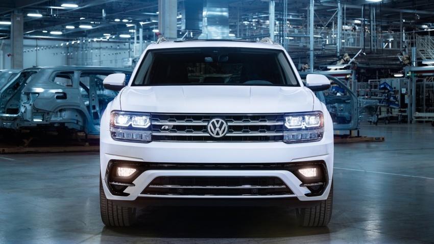 Volkswagen Atlas dengan pakej R-Line didedahkan Image #599444