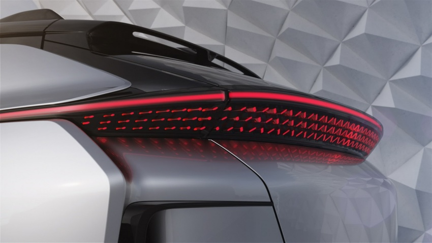 Faraday Future FF 91 EV – 1,050 hp, 0-96 km/h in 2.39 secs, 700 km range, facial recognition entry, 3D lidar Image #598134