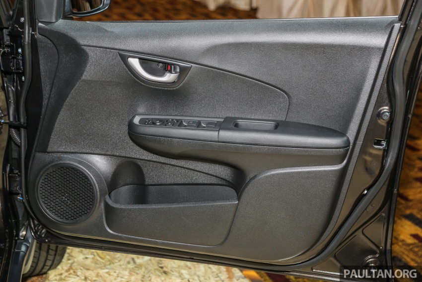 Honda BR-V 1.5L dilancarkan di Malaysia – crossover 7-tempat duduk, 2 varian, harga bermula RM85,800 Image #598747