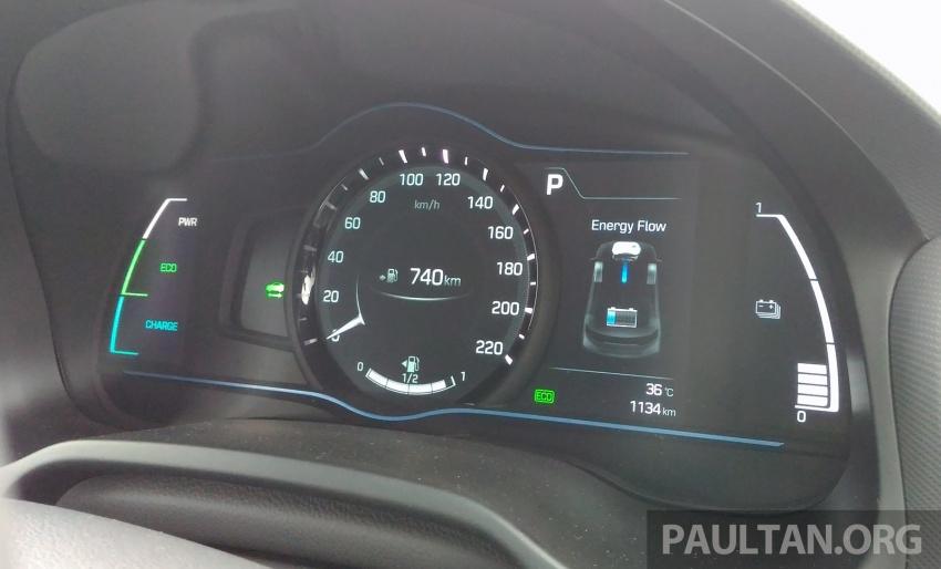 DRIVEN: Hyundai Ioniq Hybrid, thinking out of the box Image #597423