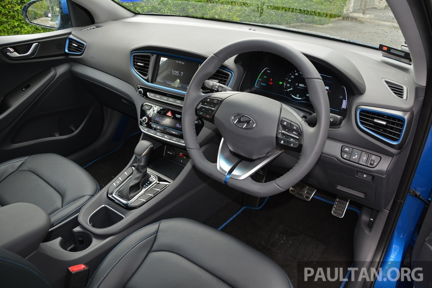 DRIVEN: Hyundai Ioniq Hybrid, thinking out of the box Image #597444