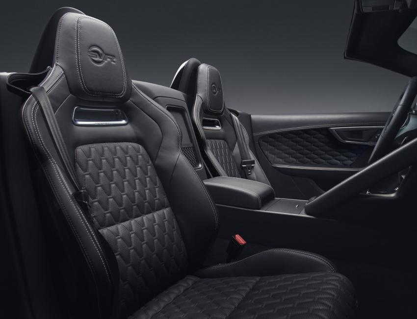 2018 Jaguar F-Type range – 400 Sport special edition Image #601820