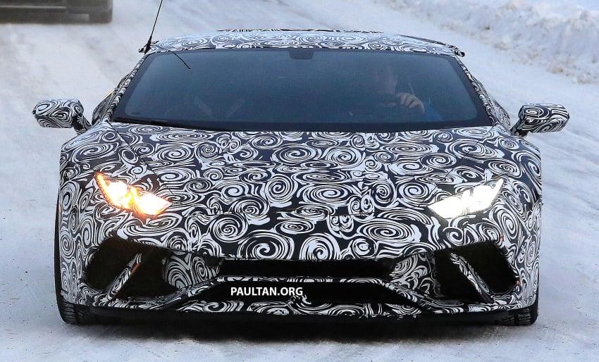 SPYSHOT: Lamborghini Huracan Superleggera, Spyder Performante diuji sebelum tampil di Geneva 2017 Image #602174