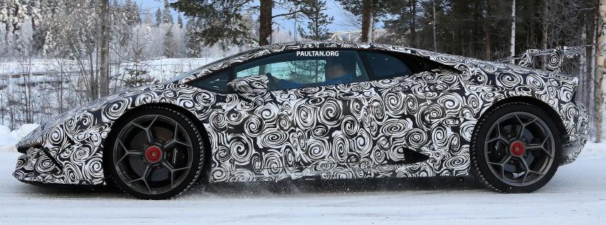 SPYSHOT: Lamborghini Huracan Superleggera, Spyder Performante diuji sebelum tampil di Geneva 2017 Image #602169