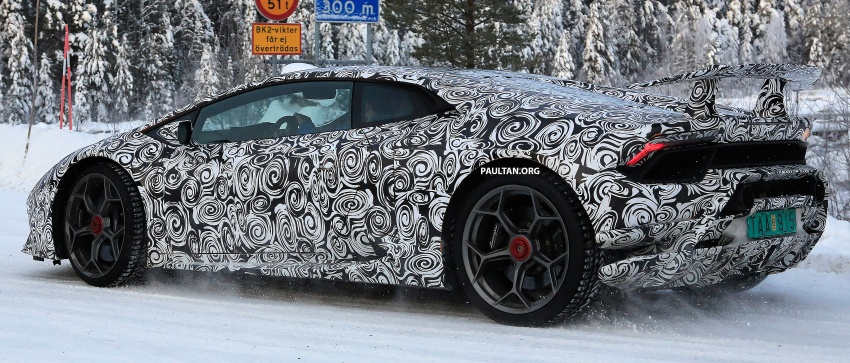 SPYSHOT: Lamborghini Huracan Superleggera, Spyder Performante diuji sebelum tampil di Geneva 2017 Image #602167