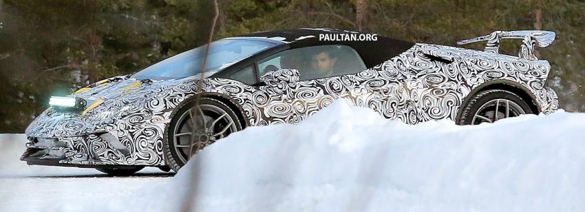 SPYSHOT: Lamborghini Huracan Superleggera, Spyder Performante diuji sebelum tampil di Geneva 2017 Image #602159