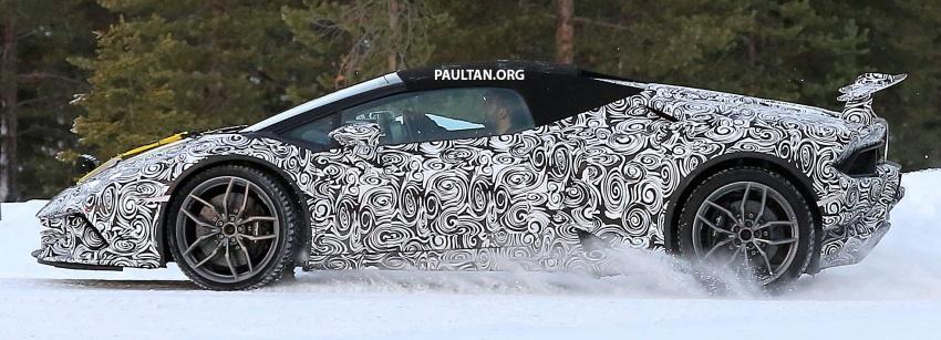 SPYSHOT: Lamborghini Huracan Superleggera, Spyder Performante diuji sebelum tampil di Geneva 2017 Image #602158