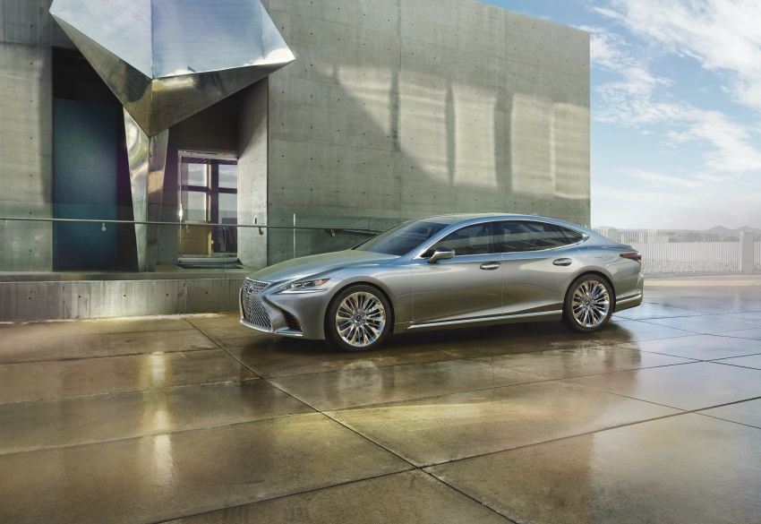 2018 Lexus LS 500 debuts with new 3.5 litre biturbo V6, 10-speed auto, pedestrian avoidance, 24-inch HUD Image #615698
