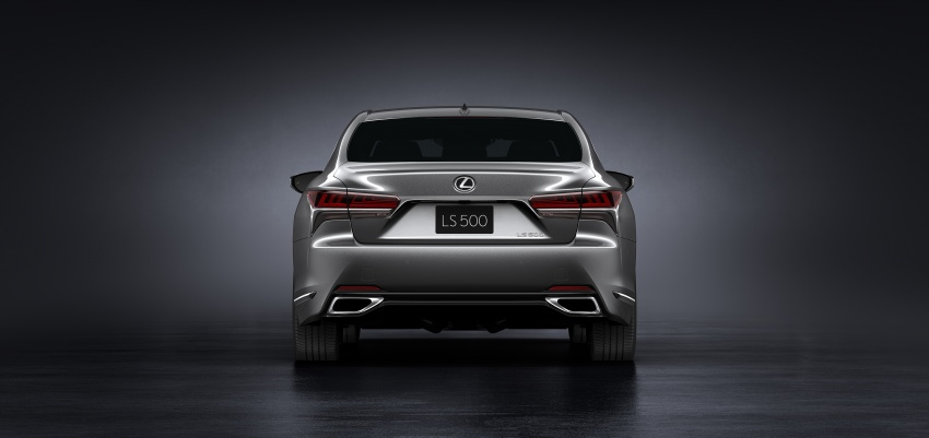 2018 Lexus LS 500 debuts with new 3.5 litre biturbo V6, 10-speed auto, pedestrian avoidance, 24-inch HUD Image #615712