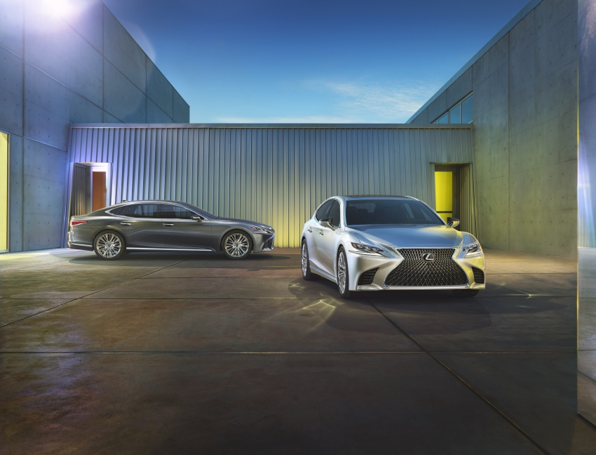 2018 Lexus LS 500 debuts with new 3.5 litre biturbo V6, 10-speed auto, pedestrian avoidance, 24-inch HUD Image #615700