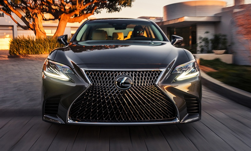 2018 Lexus LS 500 debuts with new 3.5 litre biturbo V6, 10-speed auto, pedestrian avoidance, 24-inch HUD Image #600884