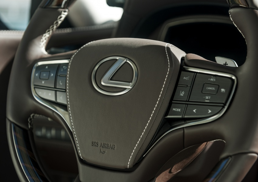 2018 Lexus LS 500 debuts with new 3.5 litre biturbo V6, 10-speed auto, pedestrian avoidance, 24-inch HUD Image #600894