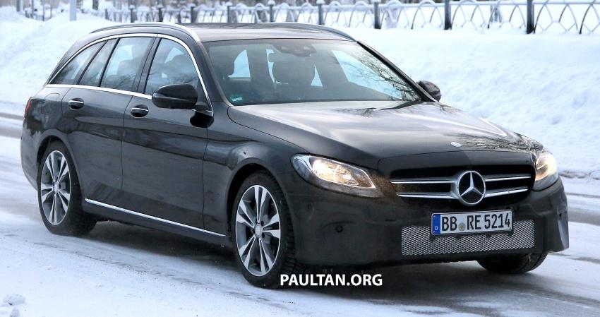 SPIED: Mercedes C-Class Estate facelift – interior seen Image #606116