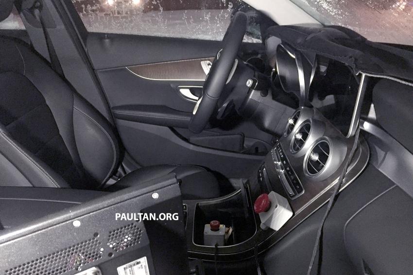 SPIED: Mercedes C-Class Estate facelift – interior seen Image #606122