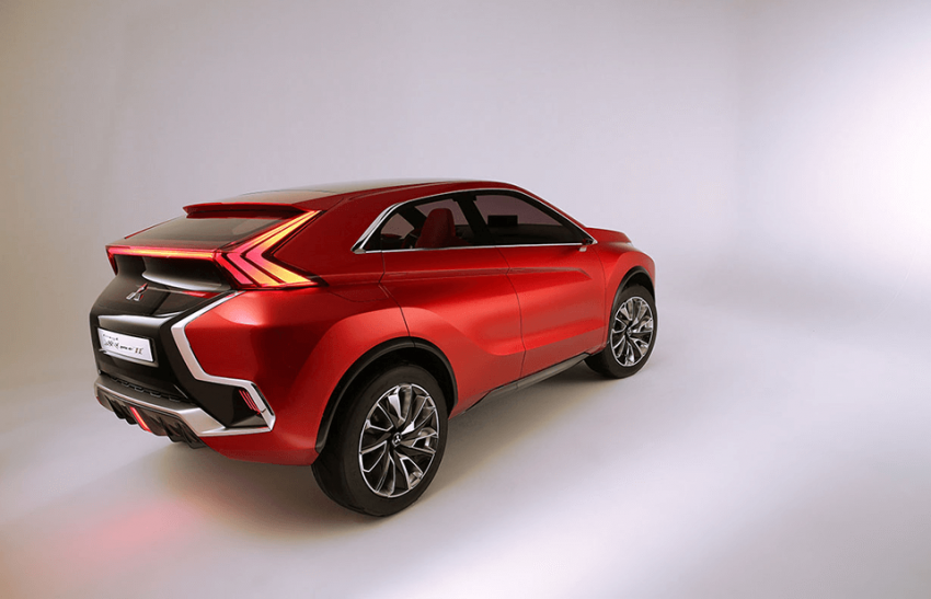 Mitsubishi teases new compact SUV for Geneva show Image #607937
