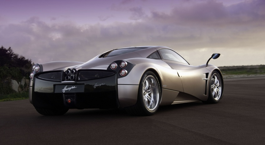Pagani Huayra Roadster teased again, front shown Image #608309