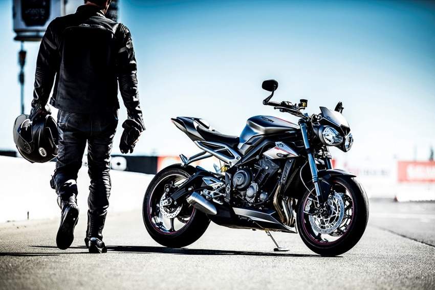 2017 Triumph Street Triple series launched in UK – from RM44k, expected arrival in Malaysia around April Image #601974