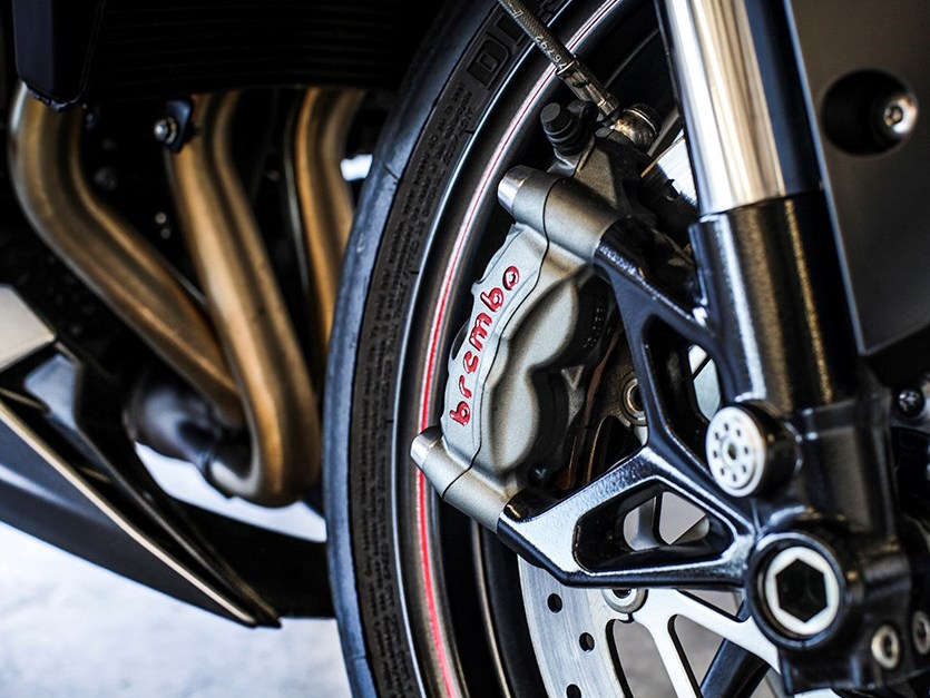 2017 Triumph Street Triple series launched in UK – from RM44k, expected arrival in Malaysia around April Image #601952