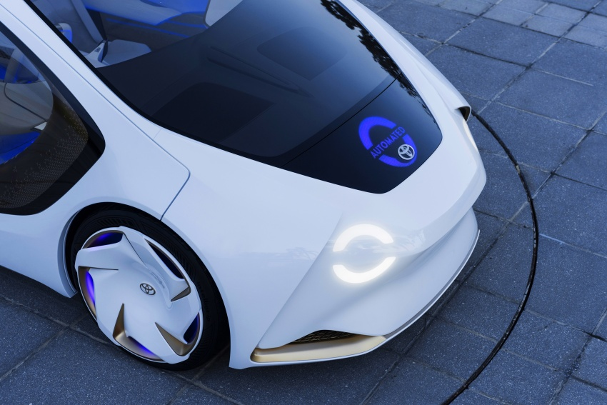 Toyota Concept-i debuts at CES 2017 – friendlier future Image #598818