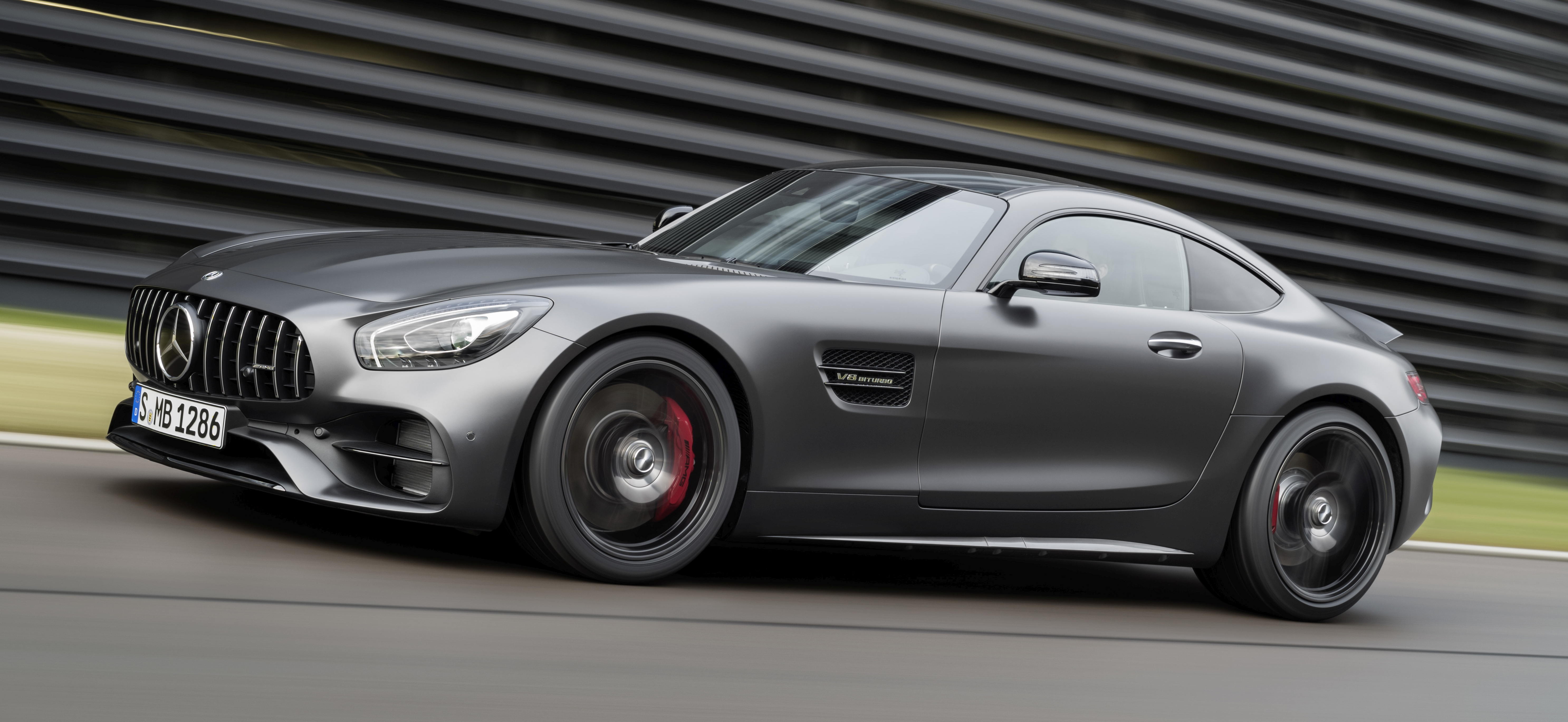 mercedes amg gt c coupe debuts in detroit amg gt and gt s get styling and tech updates for. Black Bedroom Furniture Sets. Home Design Ideas