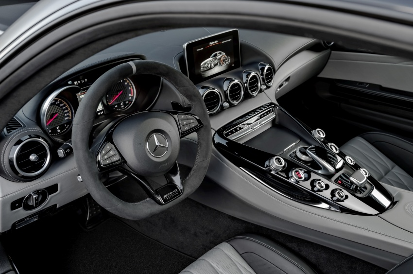 Mercedes-AMG GT C Coupe debuts in Detroit – AMG GT and GT S get styling and tech updates for 2017 Image #601099