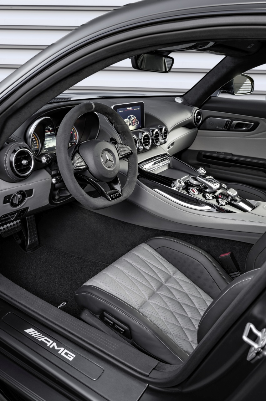 Mercedes-AMG GT C Coupe debuts in Detroit – AMG GT and GT S get styling and tech updates for 2017 Image #601086