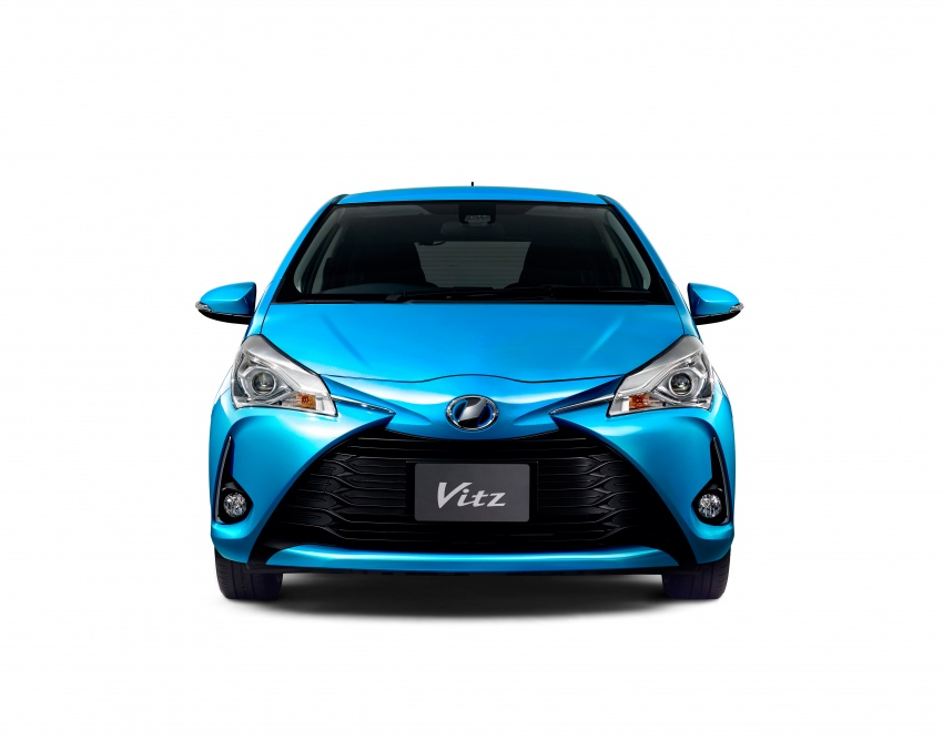 Toyota Yaris facelifted again – new Hybrid for Japan Image #603051