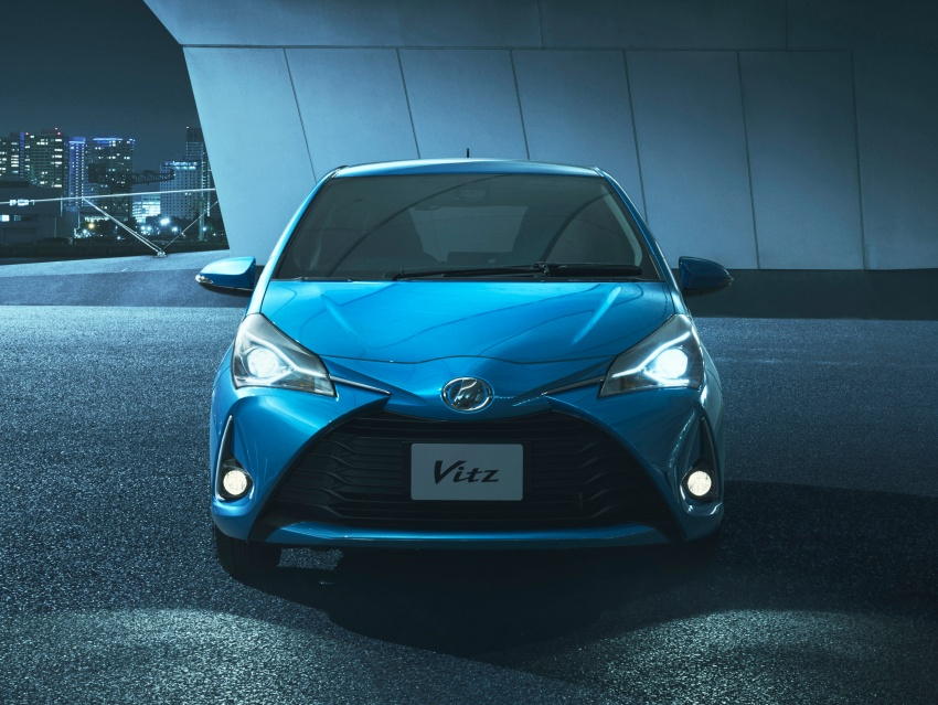 Toyota Yaris facelifted again – new Hybrid for Japan Image #603052