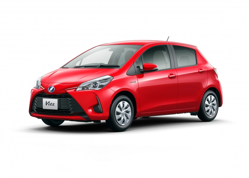 Toyota Yaris facelifted again – new Hybrid for Japan Image #603057