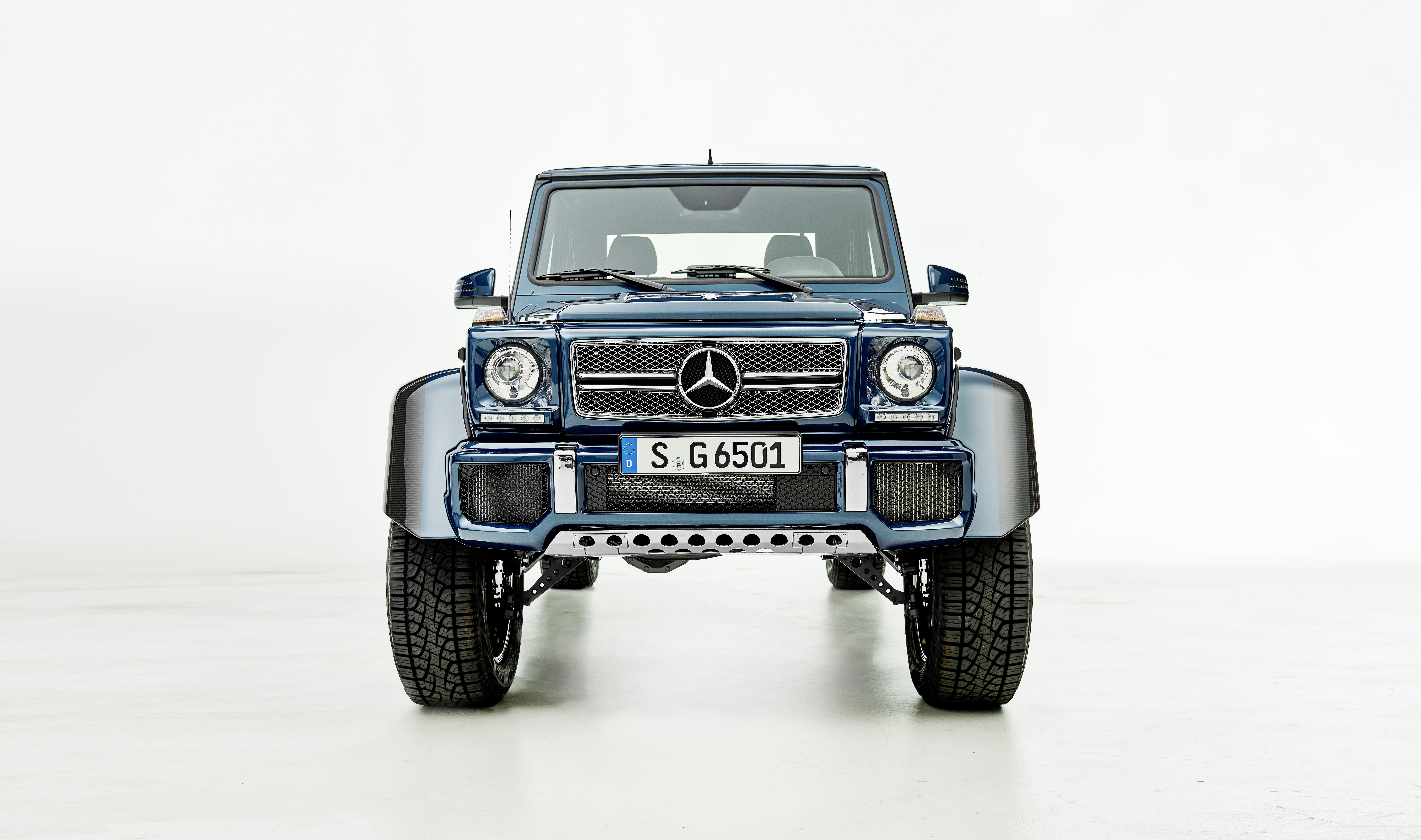 Mercedes Maybach G650 Landaulet Revealed Open Top Off