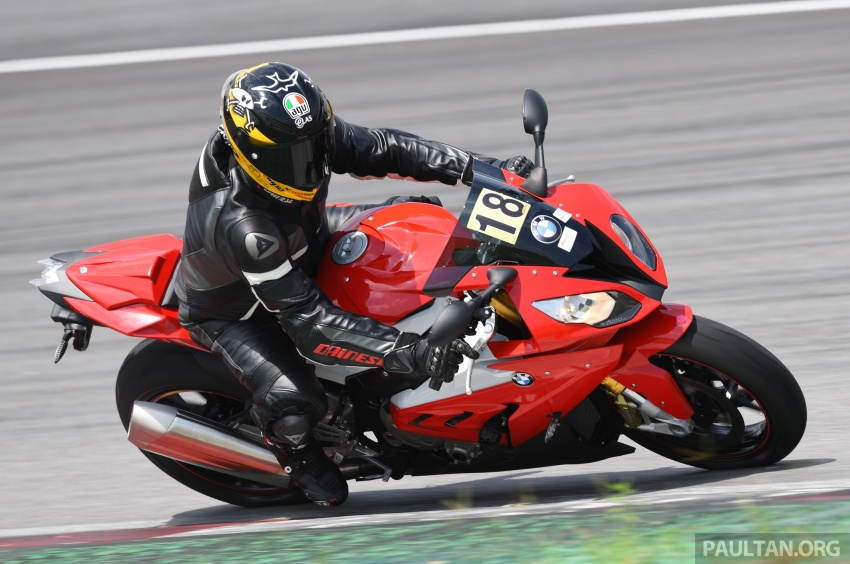 California Superbike School with BMW Motorrad – how to hone the craft while taking it to the edge, in safety Image #617840